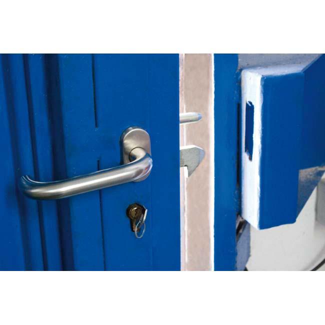 Poner una puerta corredera interesting puertas correderas - Como instalar una puerta corredera ...